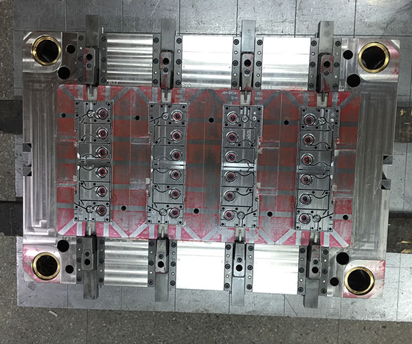 Injection Mold3